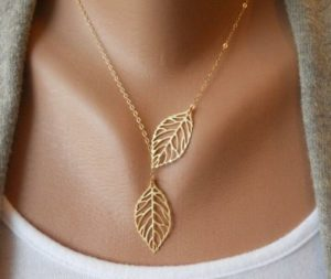 collana foglie